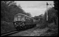 101xxx (Lewis_Hurley) Tags: preserved greatcentral greatcentralrailway gcr blackandwhite bw 1960s railway train birstall leicestershire england uk passenger diesel dieselmultipleunit dmu class101 101