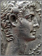 ΚΑΙΣΑΡ ΣΕΒΑΣΤΟΣ = CAESAR AVGVSTVS (1 BC / AD 1) – IMG_8212a (αδαμαντες) Tags: augustus imperator imperiumromanum silver coin portrait tetradrachm 1bc ad1 macro caesaraugustus