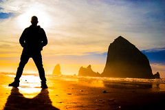 I Have Arrived (Photographer X™) Tags: cannon beach haystack rock monolith oregon sony a7ii samyang 35mm prime lens outline shadow contrast color colorful photographerx rodzilla giant pacific northwest ocean coast intertidal tolovana state recreation site