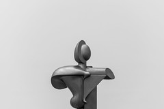 Sculpture (Jontsu) Tags: sculpture art moderne museum germany deutschland munich munchen nikon d7200 35mm bw black white