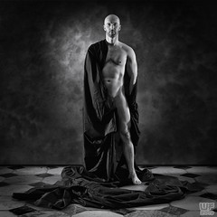 Tomi 03 (WF portraits) Tags: svk man male model portrait naked nude skin muscles body fitness blackandwhite monochrome wall floor