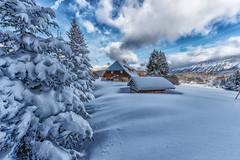 Hiver en Savoie (gerardcarron) Tags: canon80d ciel cloud landscape la feclaz massifbauges montagne pelouse paysage