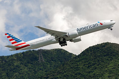 American Airlines | N727AN (TommyYeung) Tags: aa americanairlines aal american 美國航空 oneworld boeing boeingcommercialairplanes boeing777 boeing777300er b77w 777300er tripleseven 777 widebodyjetairliner widebodyjet widebody extendedrange etops n727an airplane aircraft airliner airtransport air airline airliners airlines airframe aviation plane planespotting planephoto planes aeroplane spotter spotting transportspotting fly flymachine jet jetairliner twinjet passengerjet commercialjet hongkong hongkongtransport hongkonginternationalairport cheklapkok hkia vhhh hkg canonphotography canon canoneos5d4 generalelectric geaviation ge90115b takeoff takingoff