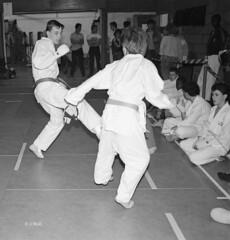 Katsu Karate 1987 pic14 (walljim52) Tags: katsu karate burntwoodrecreationcentre 1987 sport man woman child dojo mono blackandwhite