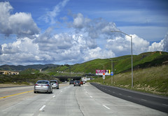 Appraoching Grape Vine Hill (dcnelson1898) Tags: california southerncalifornia lakeelsinore losangeles interstate5 i5 travel traffic vehicles unitedstates usa america freeway highway