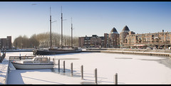 Winter in Holland: upcoming? (H. Bos) Tags: winter holland sneeuw snow ice ijs slee sleigh winterfun almere 2012