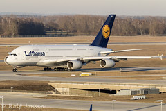 D-AIME Airbus A380 Lufthansa Munich airport EDDM 18.02-19 (rjonsen) Tags: plane airplane aircraft aviation airliner airside taxying golden hour light