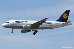 Lufthansa Airbus A319-112  |  D-AIBH  |  Frankfurt Rhein-Main  - EDDF (Melvin Debono) Tags: lufthansa airbus a319112 | daibh frankfurt rheinmain eddf cn 5239 melvin debono spotting canon plane planes photography airport airplane aviation aircraft fra deutschland germany