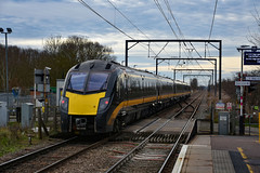 180104 - Waterbeach - 13/01/19. (TRphotography04) Tags: grand central adelante 180104 passes waterbeach with diverted 1a81 0810 halifax london kings cross