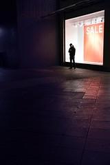 Nothing to sale (Guido Klumpe) Tags: minimalminimalismminimalistischsimplereduced night nightshot nacht nachtaufnahme longexposure color farbe gebäude architecture architektur building perspektive perspective candid street streetphotographer streetphotography strasenfotografie strase hannover hanover germany deutschland city stadt