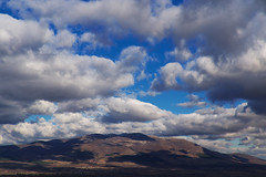 Светлини и сенки над Конявската планина (sevdelinkata) Tags: mountain sky clouds bulgaria