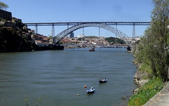 Rio Douro e a Ponte Dom Luiz, Porto, Portugal (Rubem Jr) Tags: ponte bridge river douro waterscape portugal porto city cityview cityscape europa europe