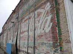 2019 02 22 Neosho - DSCN7130 (Modern Architect) Tags: neosho smalltown red cocacola sign ad oldsign brickwall missouri samlltown