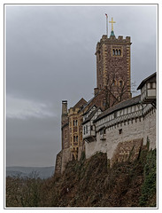 Die Wartburg . . . (norbert.r) Tags: abandoned ancient architecture buildingexterior builtstructure burg cultures castle eisenach europe famousplace flickrchallengegroup fort gebäude history medieval nopeople obsolete old oldfashioned outdoors schlos stonematerial surroundingwall thüringen tower wall wartburg