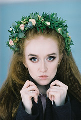 000054 (KirillSokolov) Tags: girl portrait nikon nikonru nikon8008s film 8514 85mm fujifilm400h 85d daylight studio finearts девушка портерт россия иваново дневнойсвет плёнка никон 85мм фуджи весна цветы flowers spring sexy pretty beauty cute young redhead redhair longhair рыжая