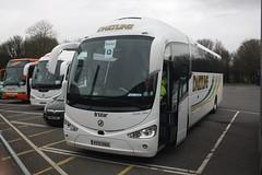 YT17HVX - Dartline (Dealtop Exeter) (lazy south's travels) Tags: membury services england english britain british yt17hvx m4 motorway dartline coaches irizar