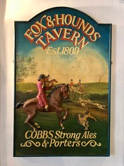 Strines, Sheffield (cherington) Tags: foxhoundstavern cobbsstrongales strines sheffield england unitedkingdom pictorialsigns pubsigns traditionalpubsigns englishpubsigns socialhistory innsigns