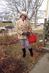 Is This The Woman I Want To Be? (Laurette Victoria) Tags: laurette woman boots leggings coat gloves hat scarf purse