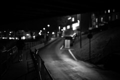 night owls (Marco - MB Photography) Tags: nightowls nightshooters nightcalls nocturnal smallroad cityinthenight lanuittousleschatssontgris nightlights thelittleband walker bend gleam monochromestreetphotography quiet mamuangsuk
