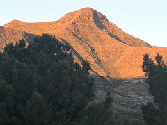 Clarens Scenery, SA (ClarensTourismForum) Tags: countrycottage landscape scenery cottage clarensscenery petfriendly hikingtrails clarensaccommodation hikesinclarens southafrica explore accommodation clarens holiday selfcatering freestate za