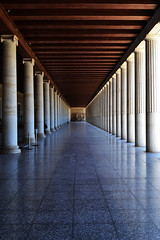 Stoa of Attalos | Μουσείο Αρχαίας Αγοράς (born to be an artist) Tags: architecturalperfection leadinglines simplicity pillars greece athens monument stoaofattalos shiny reflection symmetry cleanlines pov building ancientgreek masterpiece pattern vanishingpoint