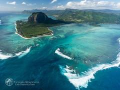 _MAD0768 (Victoria_Rogotneva) Tags: africa mauritius unitravelscom victoriarogotneva adventure airphoto beach holiday ocean phototour phototravel