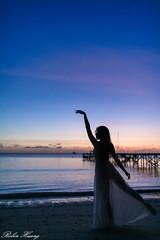 DSC_7879 (Robin Huang 35) Tags: menumbok 沙巴 馬來西亞 my 謝立琪 kiki sabah malaysia 迪加島 生還島 island 海灘 沙灘 海邊 beach 裸紗 剪影 遊拍 人像 portrait lady girl nikon d850
