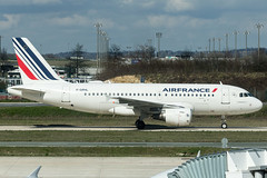 Air France A319 (Martyn Cartledge / www.aspphotography.net) Tags: a319 aerodrome aeroplane air airfrance airbus aircraft airline airliner airplane airport aspphotography avgeek avgeeks aviation cartledge civilairline civilairliner flight fly flying flywinglets jet martyn plane runway toulouse transport wwwaspphotographynet wwwflywingletscom asp photography