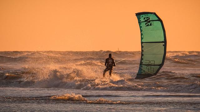 Dusk Surfing 15