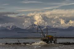 i retoni di Boccadarno (Eugenio GV Costa) Tags: mare cielo montagna retoni water clouds sky outside pisa bocca marina arno