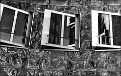 Gehry's Windows BW Version (Logris) Tags: bw sw monochrom monochrome window windows fenster reflection reflections spiegelung spiegelungen abstract abstrakt fantasy fantasie gehry architecture architektur gebäude building aluminium