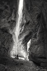 A place to be surprised: Gorgas de San Julián, Huesca (España) (marisabosqued) Tags: gorgasdesanjulián sanjuliáncanyon nueno sierradeguara huesca aragón españa spain bn bw monocromo monochrome tamronafsp1750mm snapseed