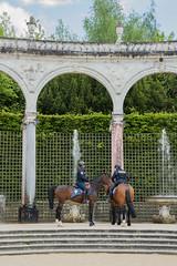 Weekend familial en région Parisienne (Comète78) Tags: roche guyon rocheguyon versailles paris parisienne région printemps huat famille mai 2017 chateau france iledefrance jardins jardin botanique faste