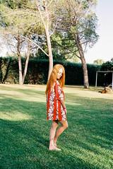 (Bárbara Lanzat) Tags: 35mm film analog leicaminilux leica kodak200 colorplus200 portrait redhead girl summer summerdiaries diary filmisnotdead ishootfilm bárbaralanzat