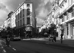Brussels in motion (Renate R) Tags: brussels street blackwhite