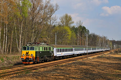 EP07-442 (Andrzej Szafoni) Tags: 303e polska poland pkp intercity ic ep07 ep07442 train railroad locomotive electric hcpcegielski hcp