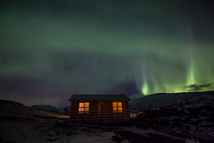 Northern Lights, Yellow Cottage (Sophie Carr Photography) Tags: northernlights yellowcottage stafafell iceland auroraborealis nightphotography