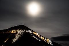 La Puncho d'Agast sous la lune de Millau (stephanegrimoud) Tags: aveyron lune nuit montagne millau punchod'agast