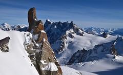 Haute Montagne High Mountain (CHAM BT) Tags: neige glace haute rocher granit montagne sommet glacier frontiere massif alpes chamonix ombre ciel snow ice high rock mountain summit border shadow sky