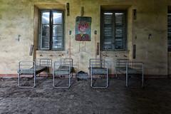 Untitled (ska.84) Tags: canon canon70d 70d italia italy lombardia orfanotrofio orphanage abbandonato abandoned archeologia urbana urban archeology urbex letti bed pagliaccio clown