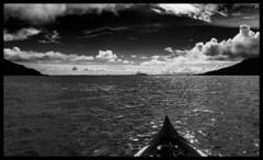 Forward! / Вперед! (dmilokt) Tags: чб bw черный белый black white dmilokt природа nature пейзаж landscape море sea небо sky облако cloud остров island лодка boat