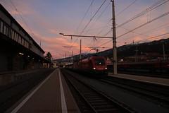 1116 090 en 1144 140 door Innsbruck Westbahnhof (vos.nathan) Tags: taurus obb österreichische bundesbahnen 1144 140 1116 090