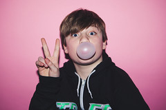 Holden Ashley Charlie Hunter Bubblegum-006 (caseymotto) Tags: ashley bubblegum charlie flash holden hunter pink