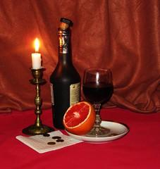 Натюрморт (lvv1937) Tags: натюрморт вино бутылка свеча огонь бокал апельсин photography5 flickrunofficial7157375items we from yandexfotki wearefromyandexfotkiмыизяфа