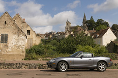 Wintertime blues ... (Count Rushmore) Tags: panasonic lumix dmc fz 1000 countrushmore count rushmore france frankrijk 2002 mazda mx5 nb aiko phoenix edition semurenauxois bourgogne burgundy wintertimeblues