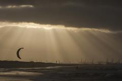 Zonsondergang - Strand - 's-Gravenzande (Jan de Neijs Photography) Tags: sgravenzande westland hetwestland strand zuidhollandslandschap sun zon holland nederland thenetherlands landschap landscape landshaft zand sunset dieniederlande southholland nationaalparkhollandseduinen duingebied dunes duinen strandopgang beukel slagbeukelsgravenzande slagbeukel canonnl zuidholland nl wolken wolkenpartij clouds weer weather beach kust coast zonsondergang industrie kiteboarder kitesurfing kite kiter silhouet