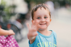 Portrait of a little boy (Schwarzwaldfotograf) Tags: junge porträt nikon 85mm 14g natural light only dof bokeh