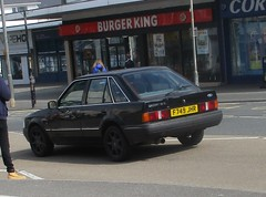 1989 Ford Escort 1.6 GL (occama) Tags: 1989 ford escort black f749jhr 16 gl old car cornwall uk
