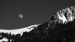 Mondaufgang über dem Heutal