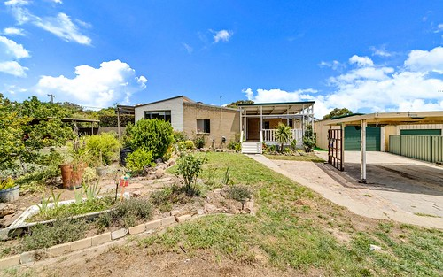 22 Langdon Avenue, Wanniassa ACT 2903
